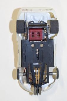 Carrera Rennchassis, Bühler Super B 16D