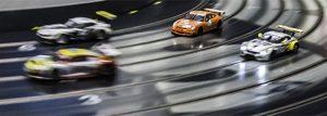 4 Scaleauto GT3 im Positionskampf